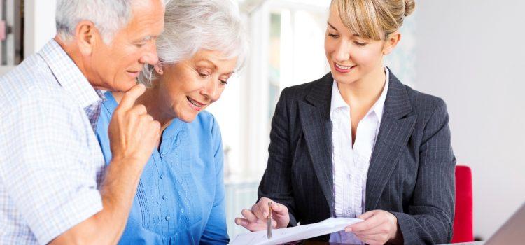 Apakah Agen Asuransi Yang Mendapat Komisi Adalah Pekerja Menurut UU Ketenagakerjaan?