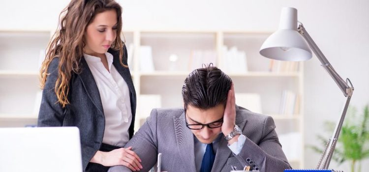 10 Alasan Perusahaan/Pengusaha Dilarang Mem-PHK Karyawan?